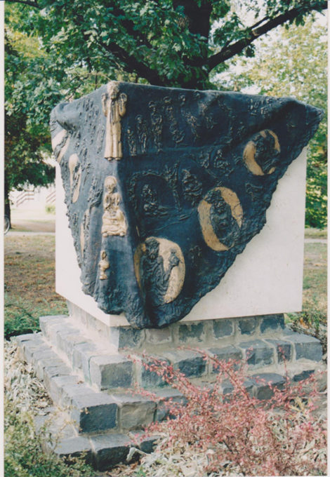 Kondorosi Millenniumi Emlékmű